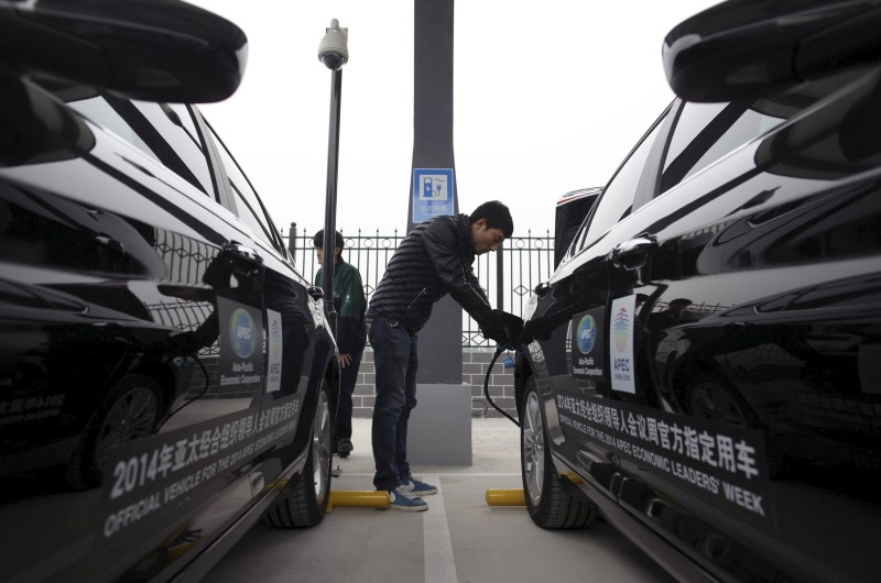 The World's Car Industry Pins Its Hopes on China's Recovery