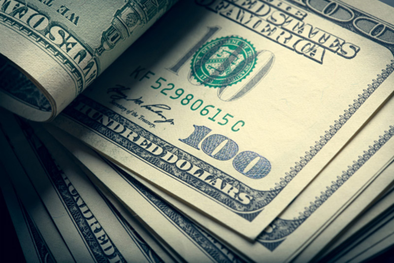Dollar Higher; Uncertainty Climbs with Tight Election