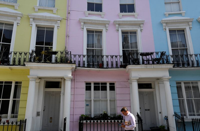 UK house prices jump 10%, fastest rate since 2007 – ONS
