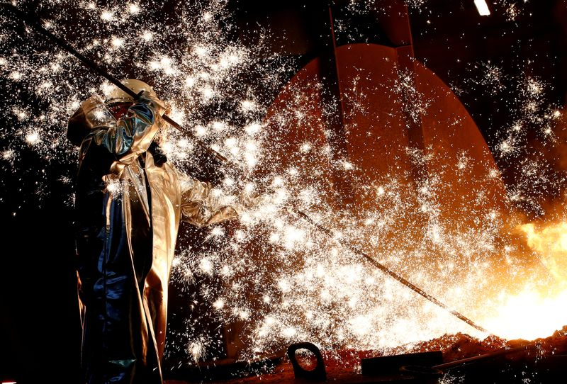 German services recover, factories struggle – PMI